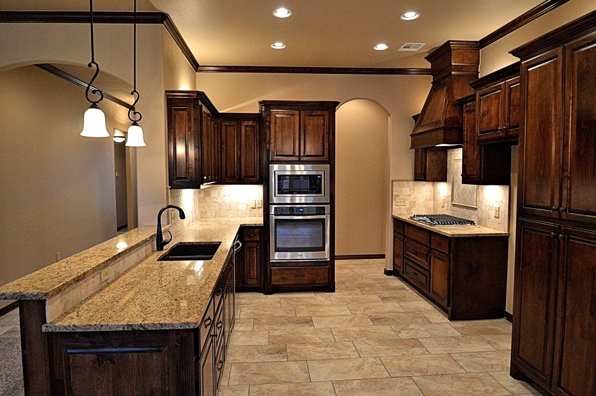 custom-granite-tile-kitchen-moore-okc-ok